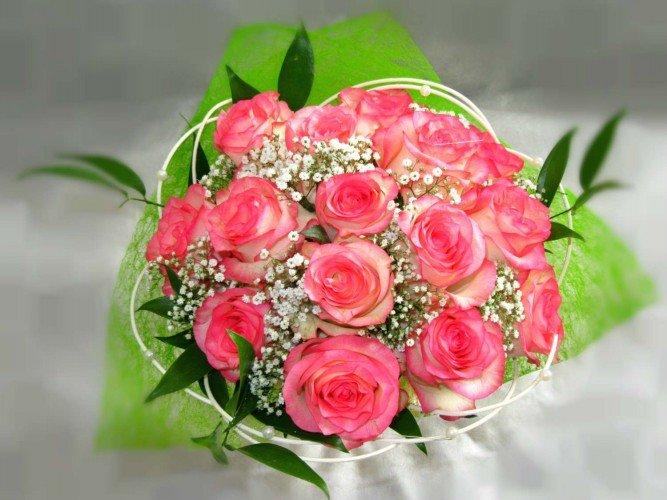 bukiet z róż na imieniny urodziny Dzień Kobiet Częstochowa i okolice