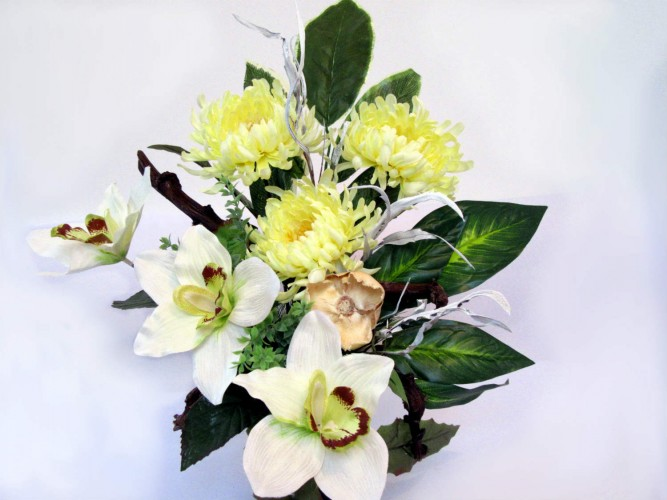 kwiaty sztuczne na wszystkich świętych i inne okazje