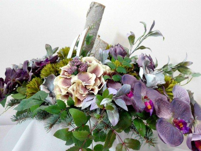 wiązanki na groby ze sztucznych kwiatów