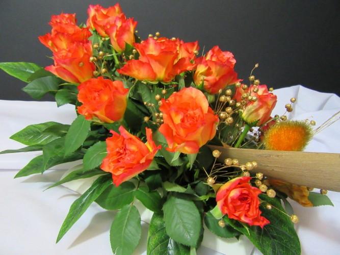 Wiązanka z żywych kwiatów FloriArt