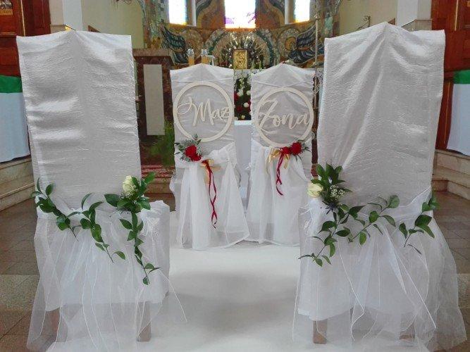 dekoracja Kościoła w Poraju